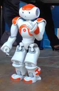 robot_nao-h25